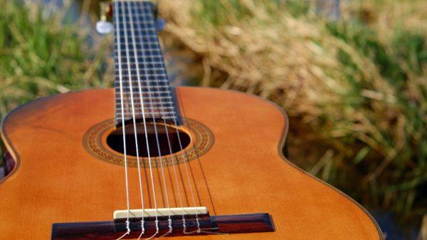 É bom tocar um instrumento Maria Anastácia Manzano música