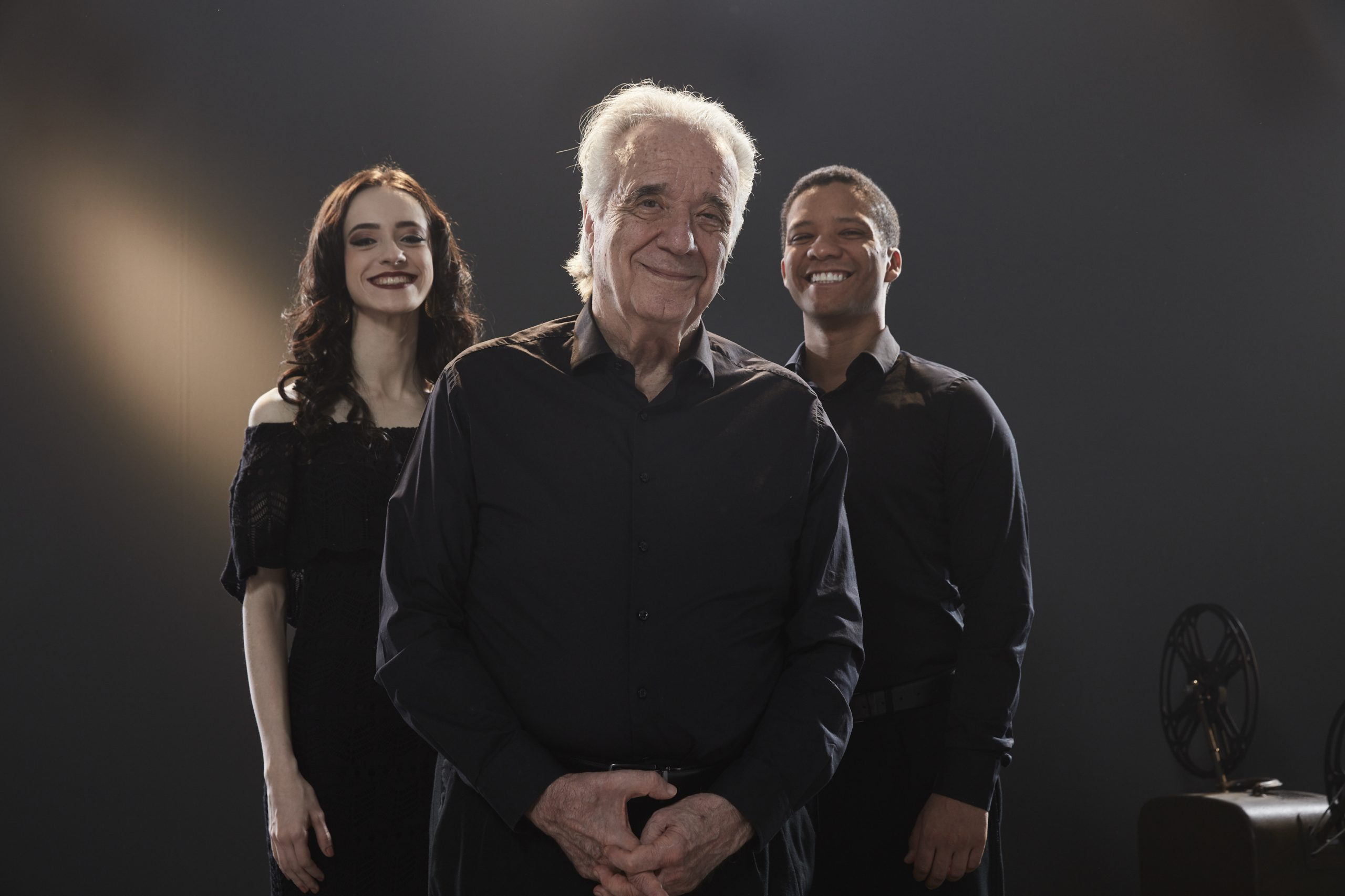 Maestro João Carlos Martins, a soprano Anna Beatriz Gomes e o tenor Jean William / Ale Catan