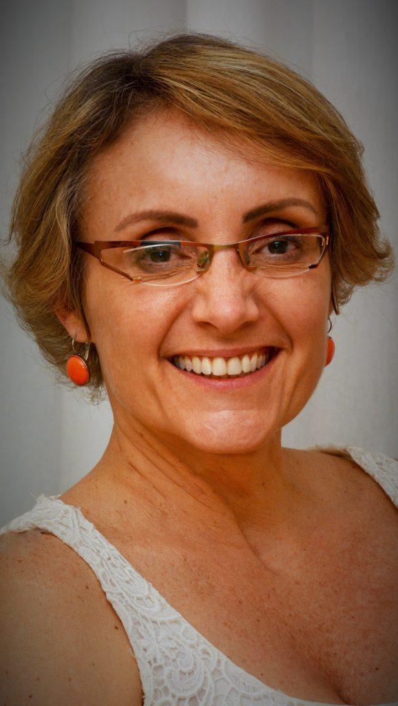 Dra.Tanit Ganz Sanchez medica Otorrinolaringologista