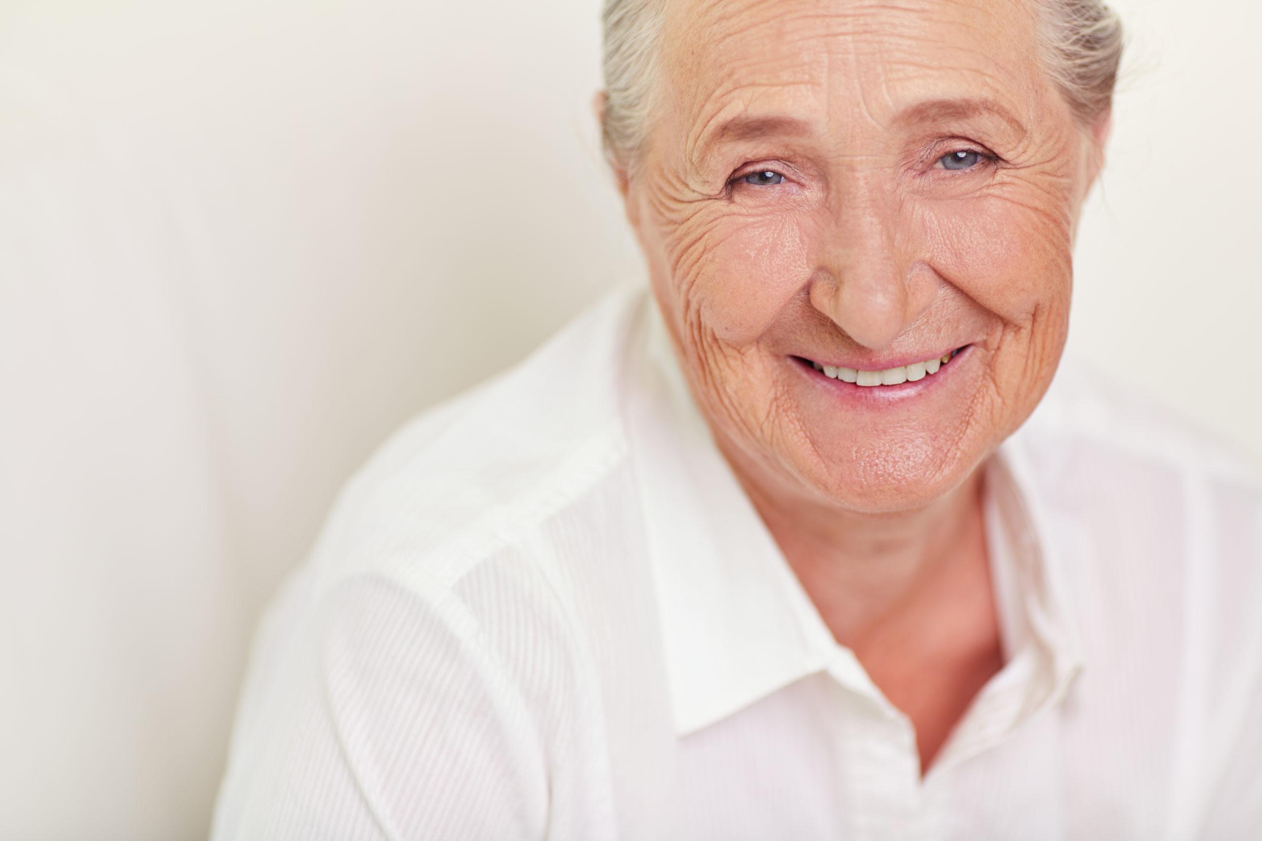 Velhice é doença - artigo prof. Egídio Dórea