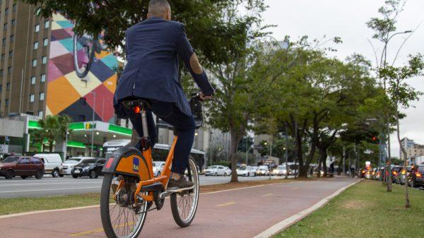 Dia do Ciclista - dicas para andar de bicicleta nas grandes cidades