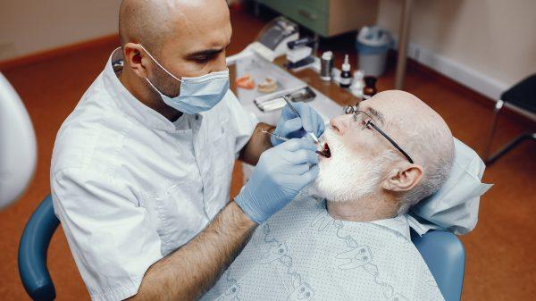 Odontogeriatria - Próteses dentárias - saúde bucal