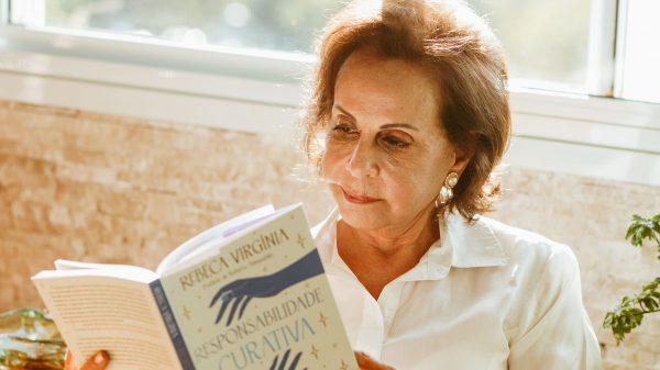Rebeca Vírginia - escritora, reinvenção aos 70